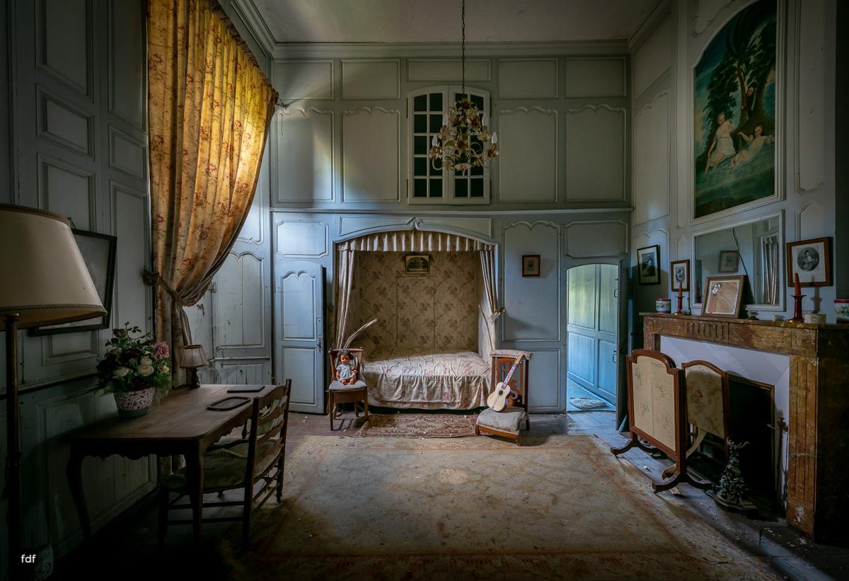 Chateau F-Schloss-Urbex-Frankreich-192.JPG