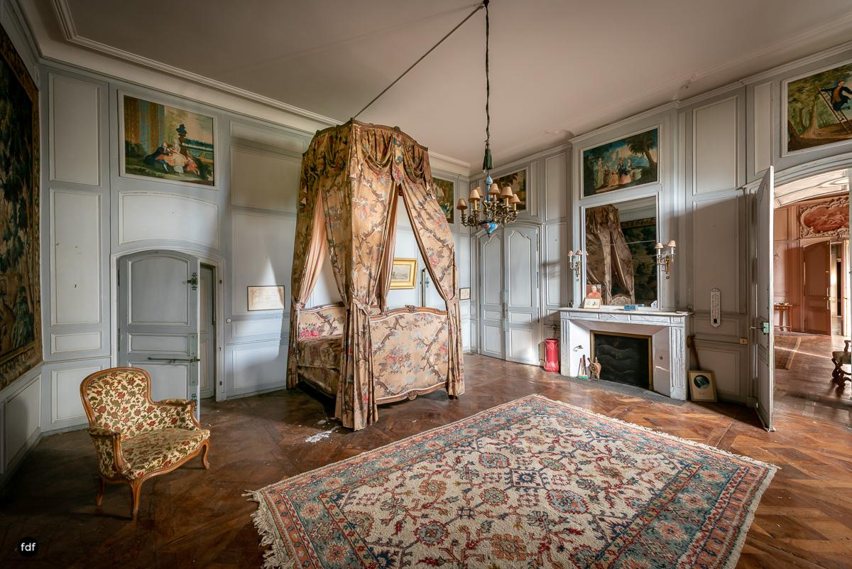 Chateau F-Schloss-Urbex-Frankreich-204.JPG