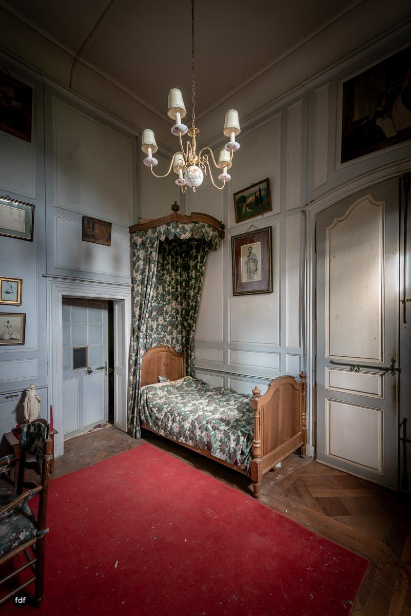 Chateau F-Schloss-Urbex-Frankreich-216.JPG