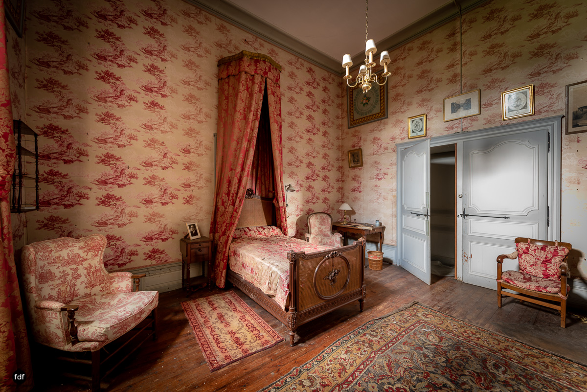 Chateau F-Schloss-Urbex-Frankreich-230.JPG