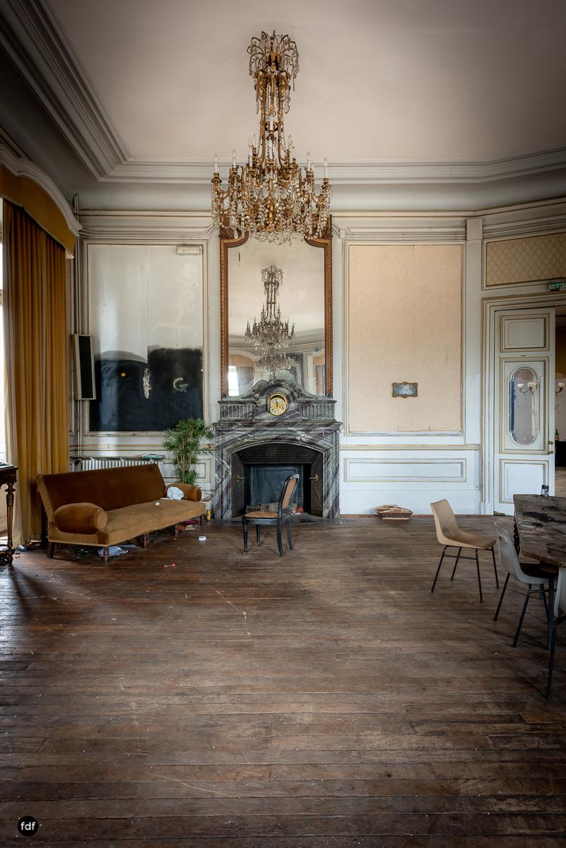 Palais de Ville-Stadtvilla-Urbex-Frankreich-19.JPG