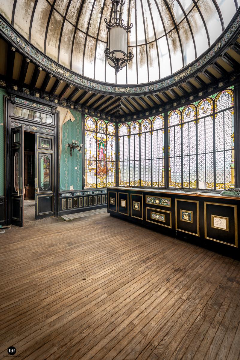 Palais de Ville-Stadtvilla-Urbex-Frankreich-50.JPG