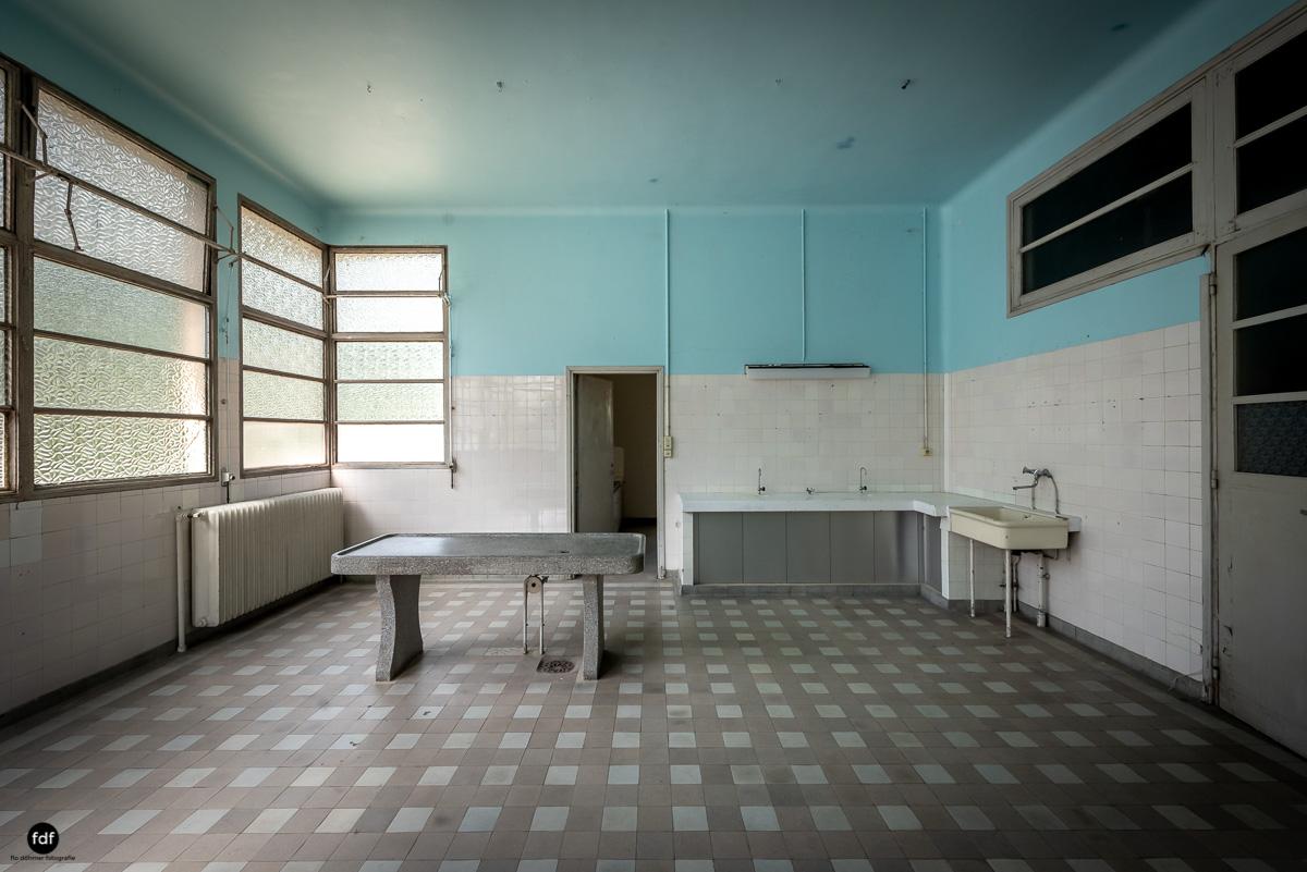 La Morgue-Leichenhalle-Urbex-Frankreich-6.JPG