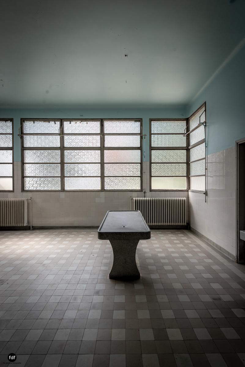 La Morgue-Leichenhalle-Urbex-Frankreich-11.JPG