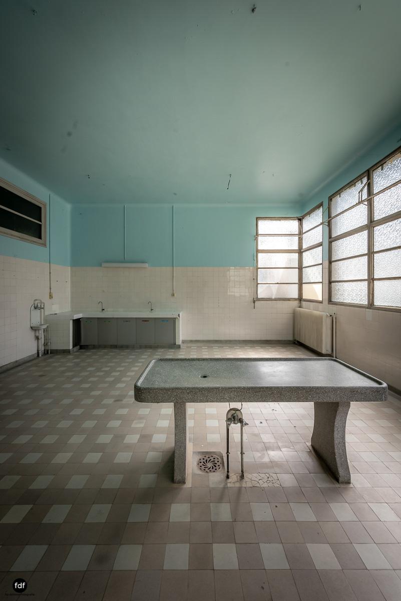 La Morgue-Leichenhalle-Urbex-Frankreich-40.JPG