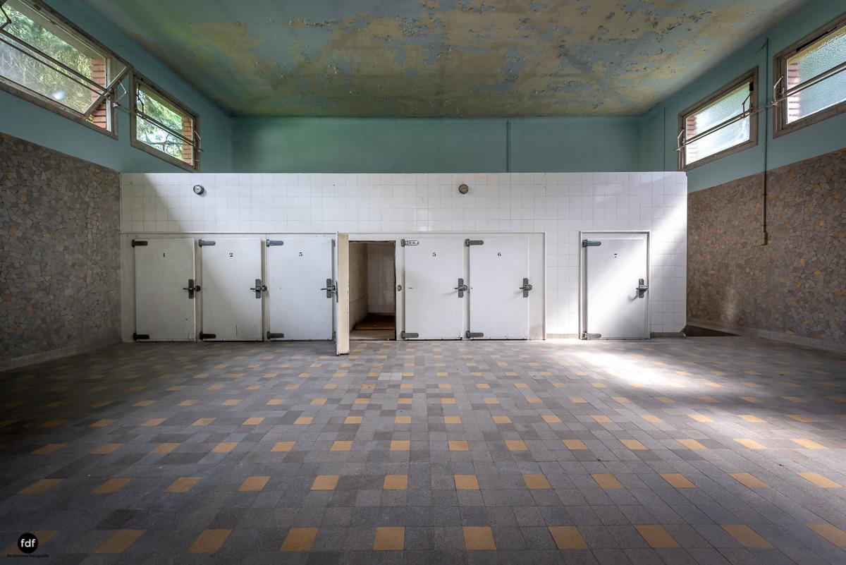 La Morgue-Leichenhalle-Urbex-Frankreich-49.JPG
