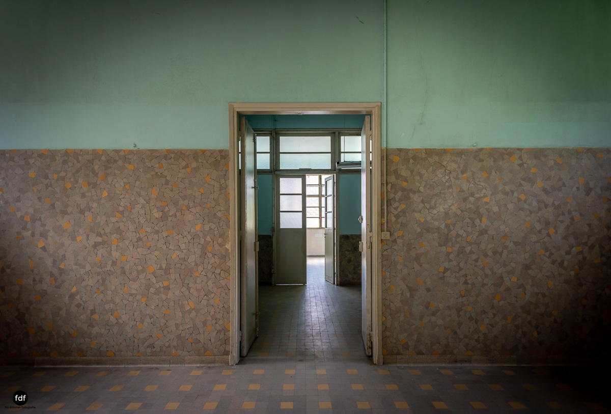 La Morgue-Leichenhalle-Urbex-Frankreich-71.JPG