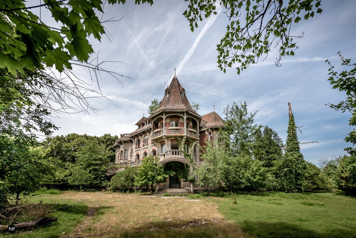 Manoir Colimacon-Herrenhaus-Wendeltreppe-Urbex-Frankreich-99.JPG