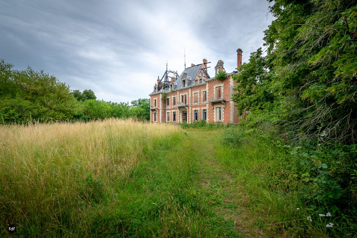 Chateau Billard-Schloss-Brand-Urbex-Frankreich-2.JPG