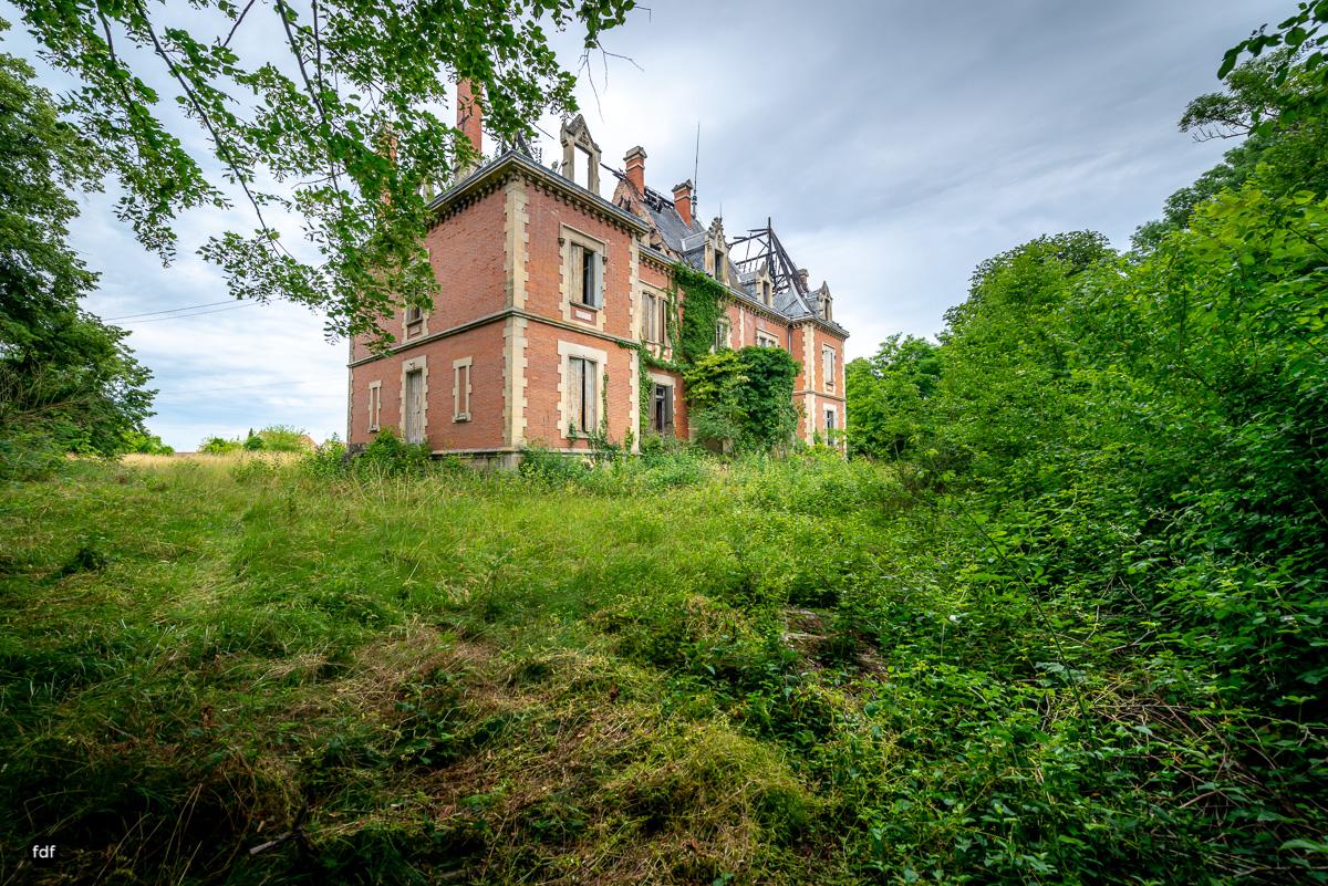 Chateau Billard-Schloss-Brand-Urbex-Frankreich-4.JPG