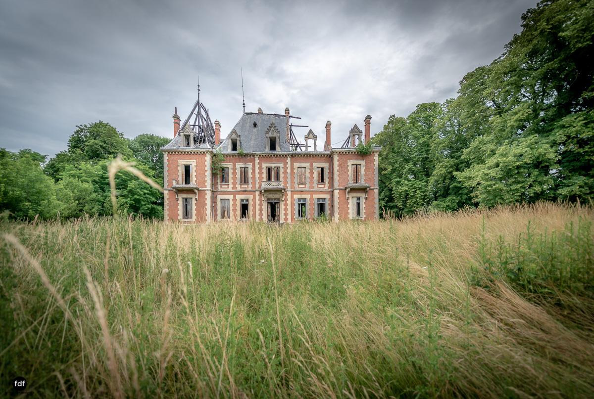 Chateau Billard-Schloss-Brand-Urbex-Frankreich-47.JPG