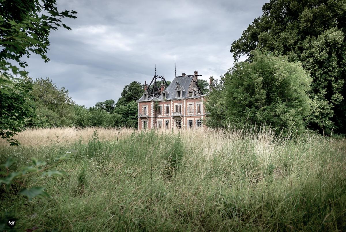 Chateau Billard-Schloss-Brand-Urbex-Frankreich-52.JPG