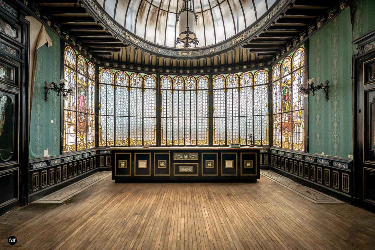 Palais de Ville-Stadtvilla-Urbex-Frankreich-27-Bearbeitet.JPG