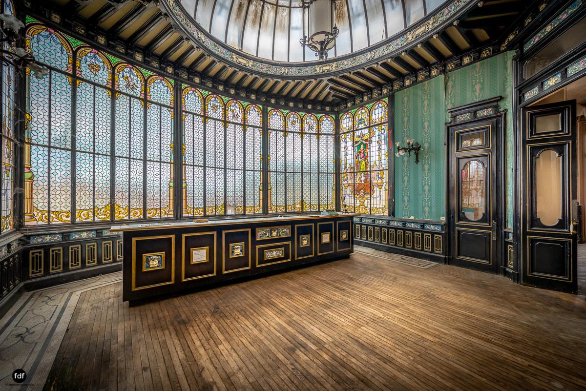 Palais de Ville-Stadtvilla-Urbex-Frankreich-47-Bearbeitet-Bearbeitet.JPG