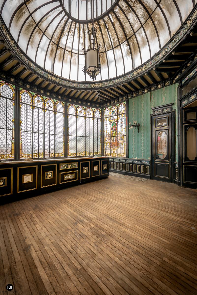 Palais de Ville-Stadtvilla-Urbex-Frankreich-48-Bearbeitet.JPG