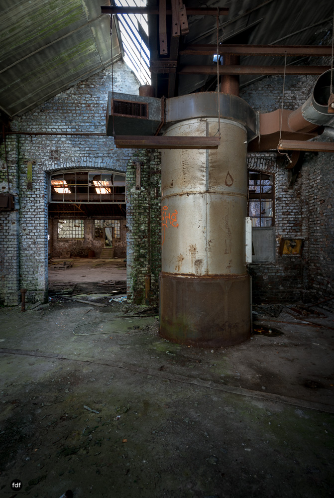 Cristallerie-Kristallfabrik-Lost Place-Belgien-35.JPG