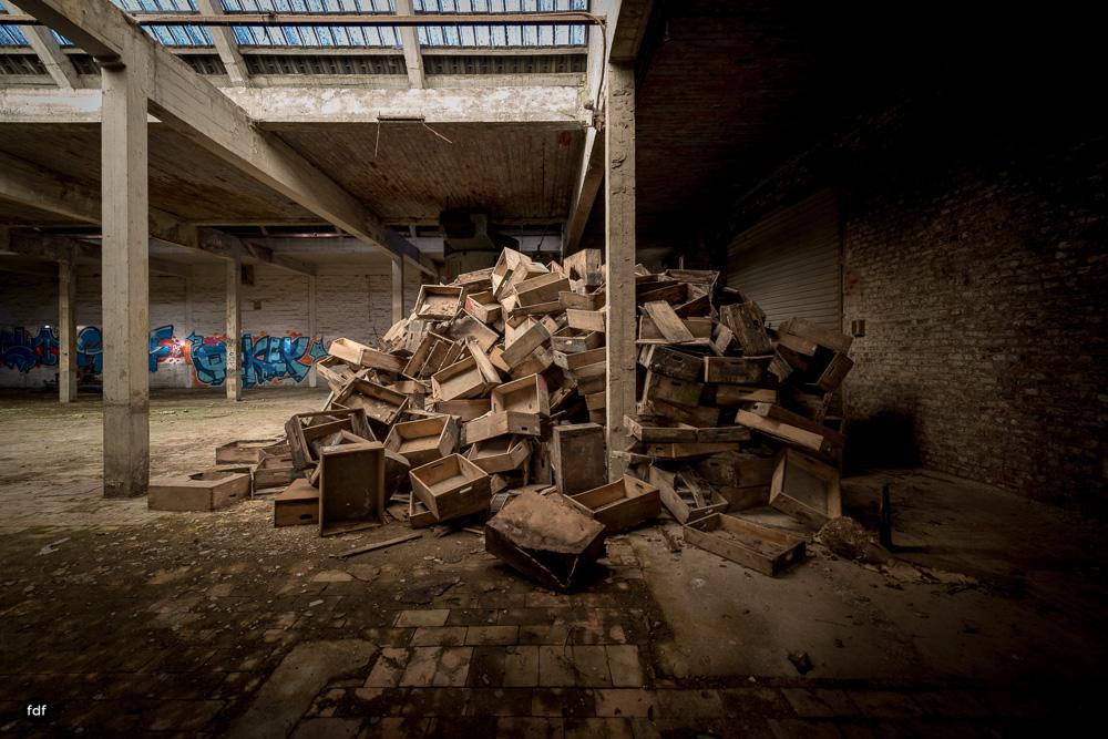 Cristallerie-Kristallfabrik-Lost Place-Belgien-28.JPG