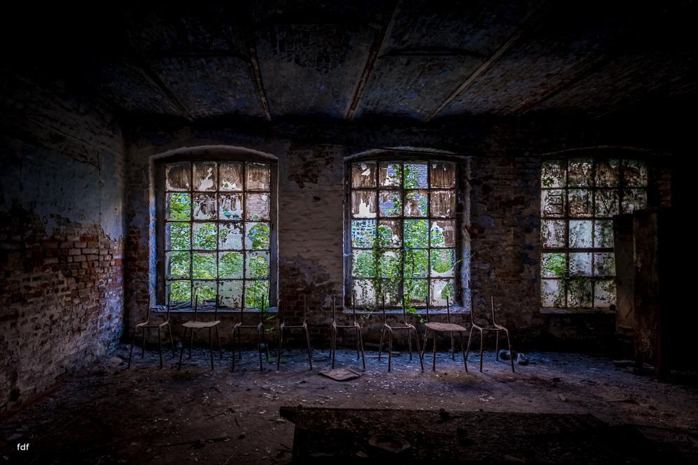 Cristallerie-Kristallfabrik-Lost Place-Belgien-46.JPG