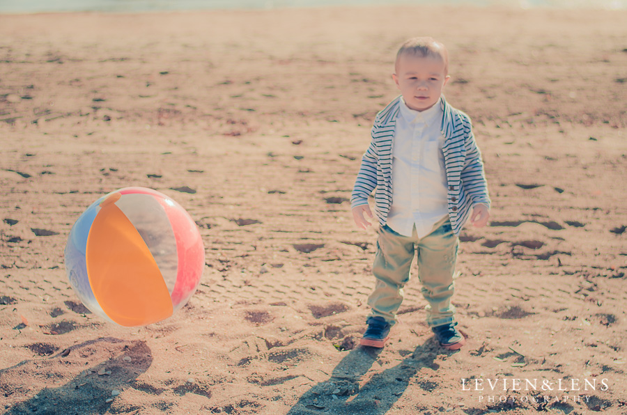 Mama and me Mission Bay beach photography session {Auckland Family Photographer}