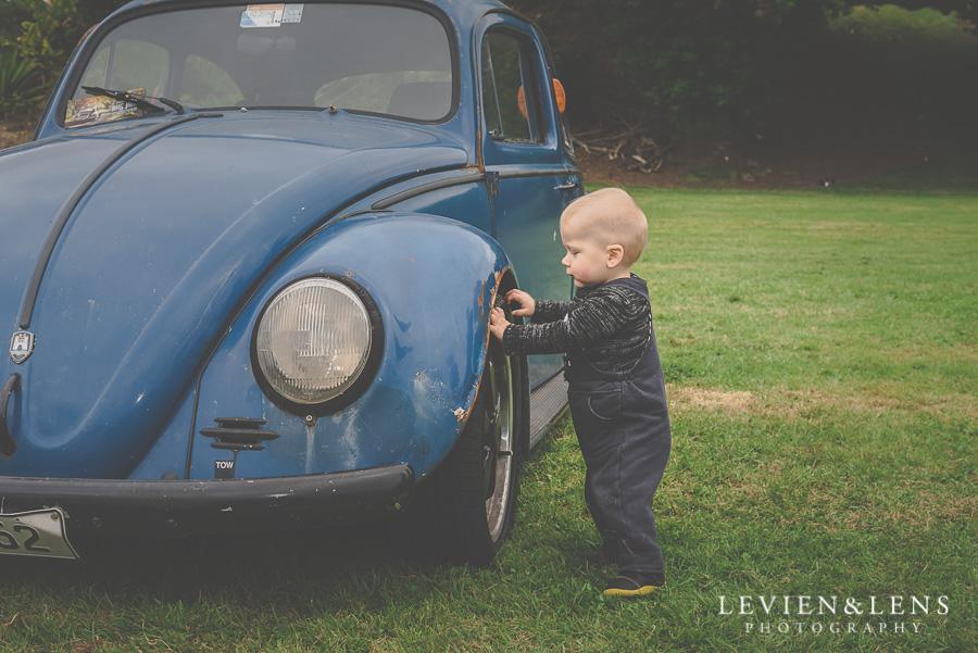 baby and an old car {Auckland-Hamilton lifestyle photographer}
