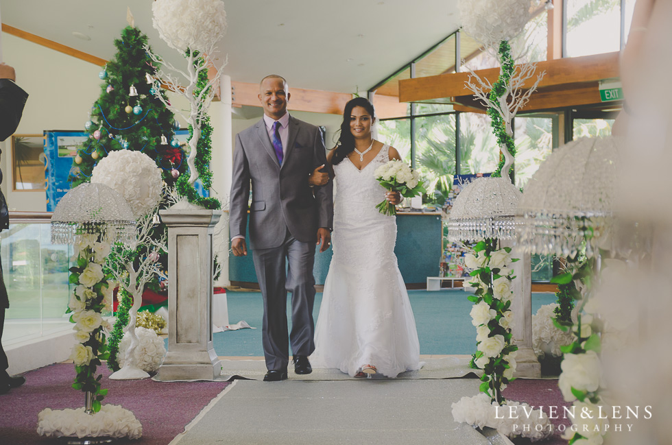 father-bride {Auckland wedding photographer}