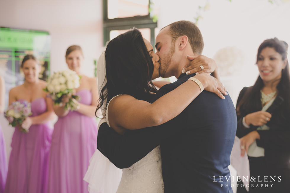 kiss wedding ceremony {New Zealand wedding photographer}