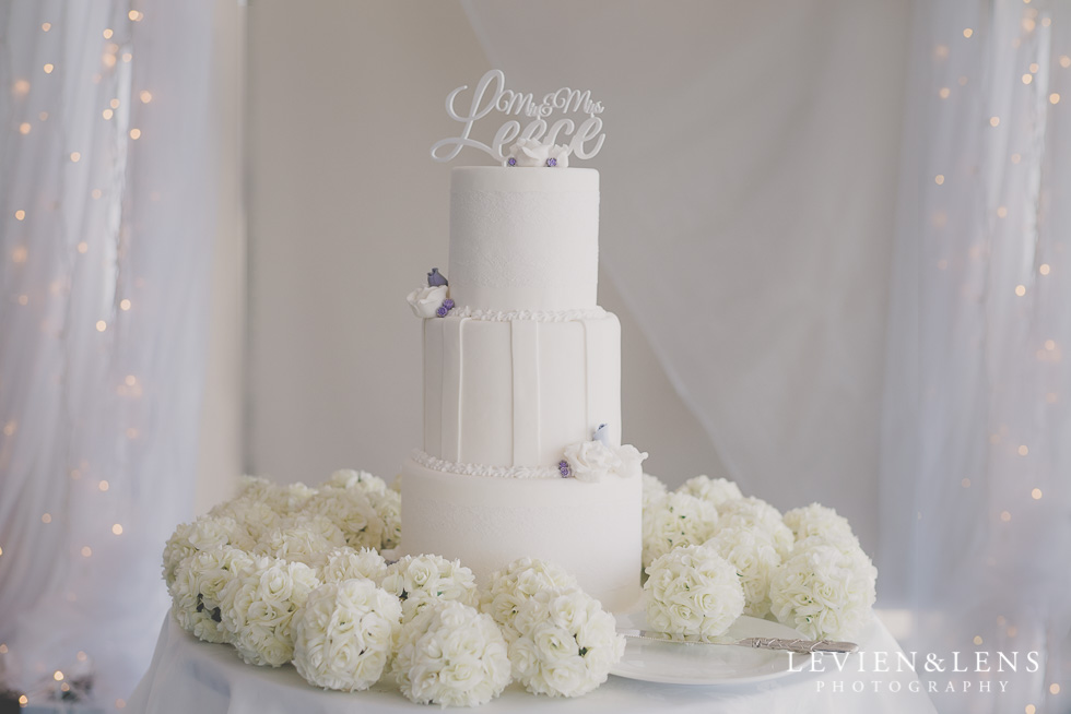 wedding cake reception details Formosa Golf Resort {Auckland wedding photographer}