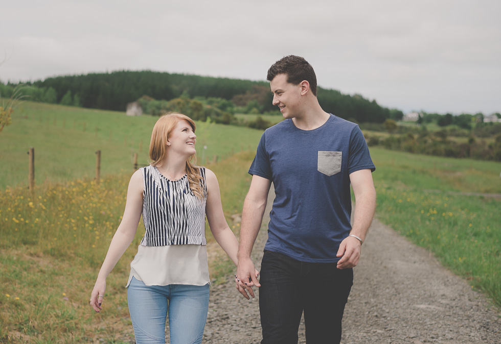 romantic couples outdoor photo shoot {Auckland engagement-wedding-elopement photographer}
