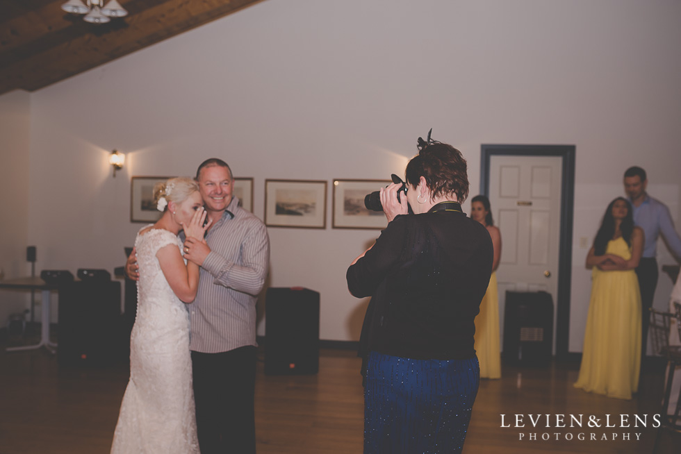 taking pictures reception {Auckland-Hamilton wedding photographer}