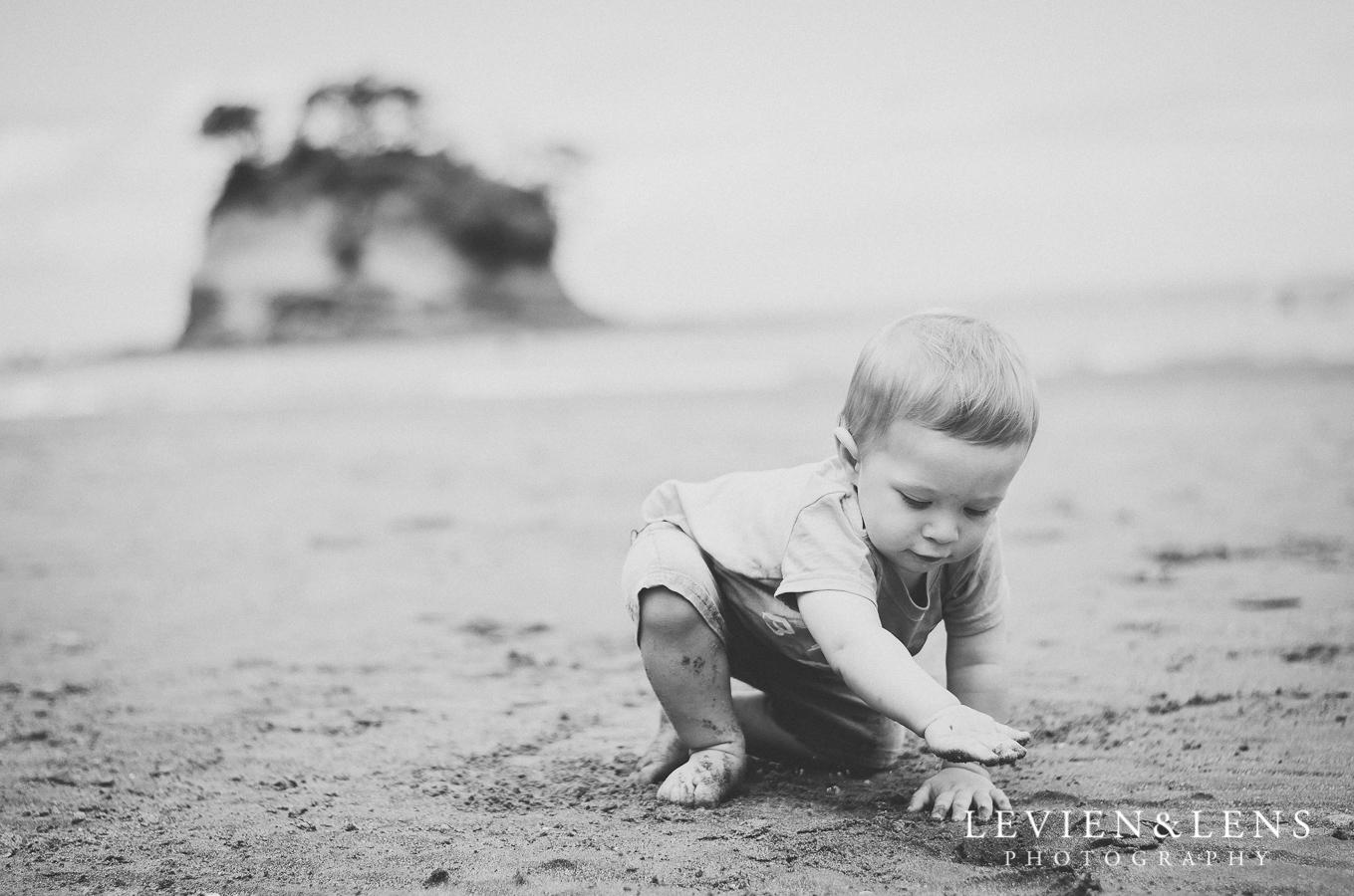 boy on the beach {Auckland-Hamilton lifestyle family-baby-kids photographer}