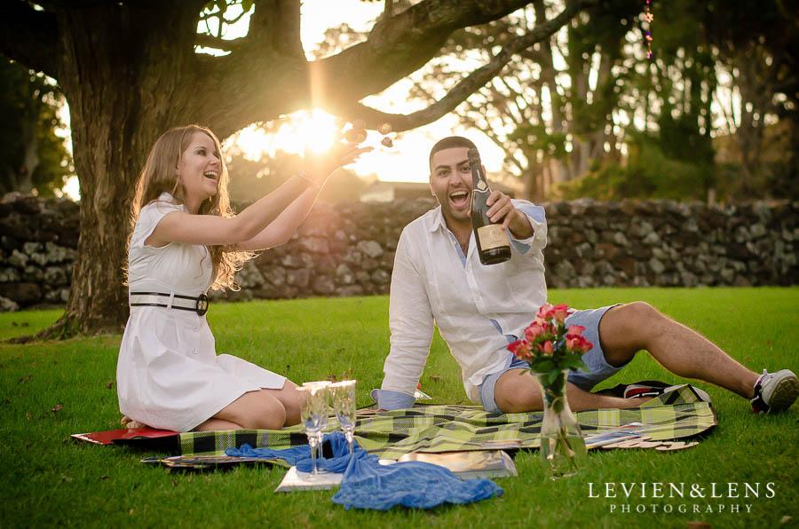 couple picnic {Auckland-Hamilton lifestyle engagement-wedding photographer}