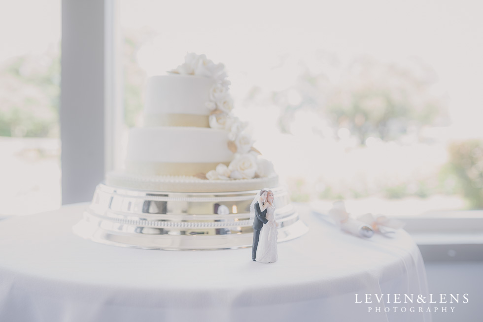 wedding cake Parnell on the Rose Garden {Auckland lifestyle couples photographer}