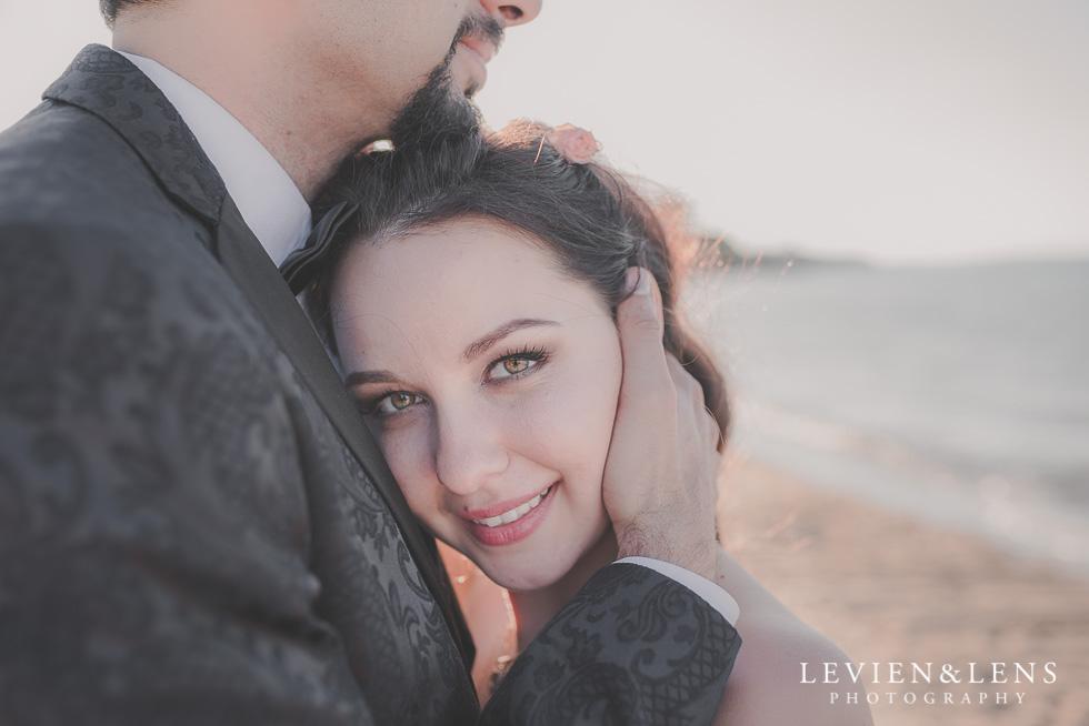 bride St Heliers beach {Auckland-Hamilton-Tauranga wedding photographer}