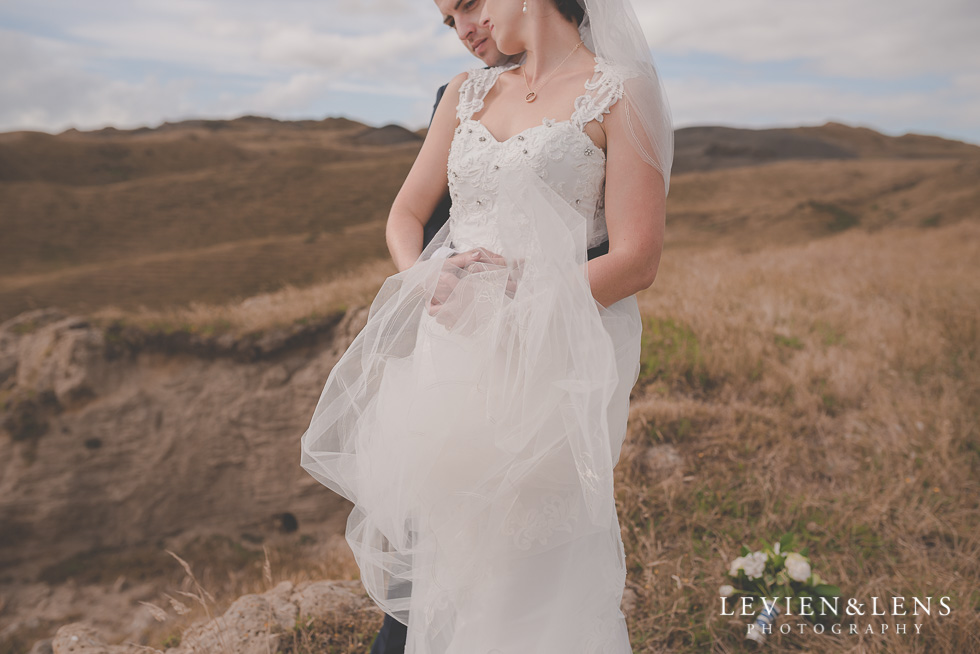 gorgeous bride groom location shoot Kariotahi beach Castaways {Auckland wedding-engagement-couples photographer}