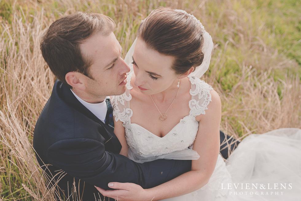 bride groom location shoot Kariotahi beach Castaways {Auckland wedding-engagement-couples photographer}