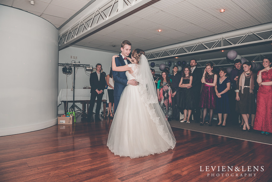 first dance {Auckland wedding-couples-engagement photographer}