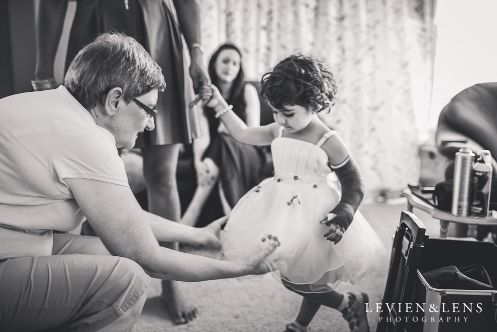 bride's mother and flower girl getting ready small family garden wedding {Auckland lifestyle couples-engagement photographer}