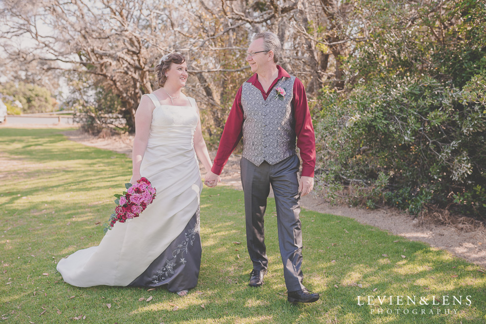 bride and groom walking wedding Musick Point {Auckland lifestyle couples-engagement photographer}
