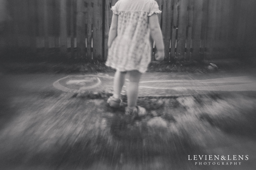 black and white lensbaby {Auckland-Hamilton-Tauranga lifestyle photographer}