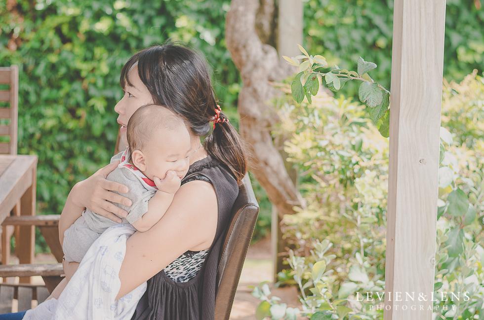 mum with baby {Hamilton family-kids-newborn lifestyle photographer}