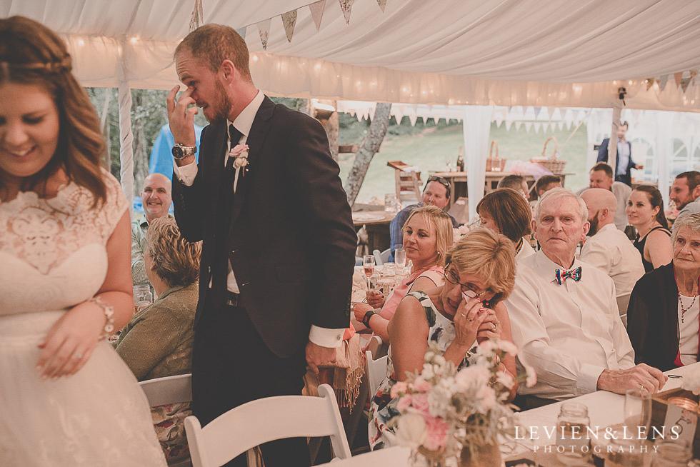emotional candid moments reception {Auckland-Hamilton-Tauranga wedding photographer}