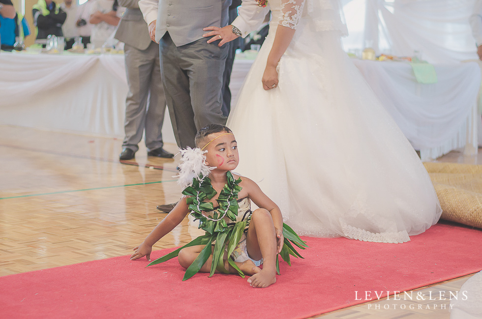 boy with bride and groom reception {Auckland NZ lifestyle wedding-engagement photographer} Malaeola community centre