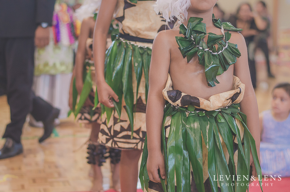 pacific dance reception {Auckland NZ lifestyle wedding-engagement photographer} Malaeola community centre