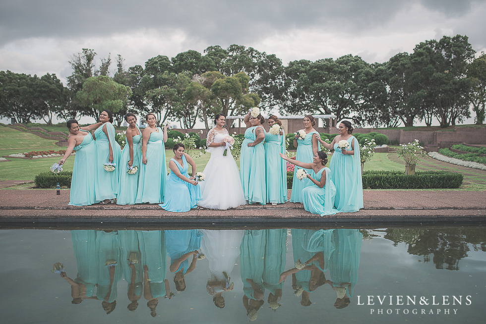 bride with bridesmaids - best wedding photos {Auckland New Zealand couples photographer}
