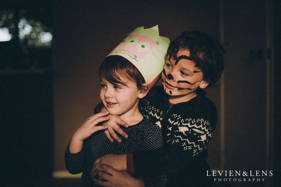 kids hug - 365 project {Auckland lifestyle family photographer}