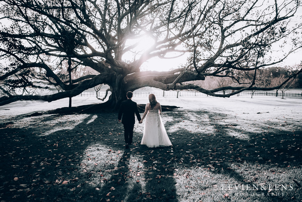 Cornwall park bride and groom photo session - winter wedding {Auckland NZ lifestyle weddings photographers}