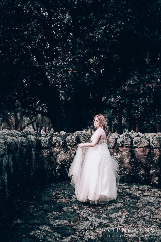 bridal portrait - Cornwall park photo session - winter wedding {Auckland NZ lifestyle weddings photographers}