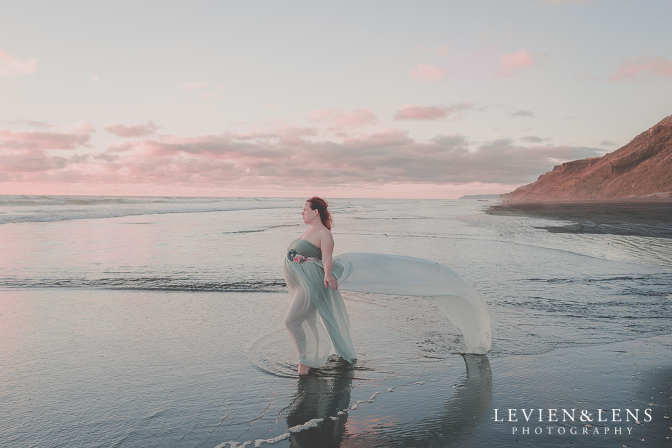Beach maternity photo session published in Beauty and lifestyle mommy magazine {Auckland NZ photographer}