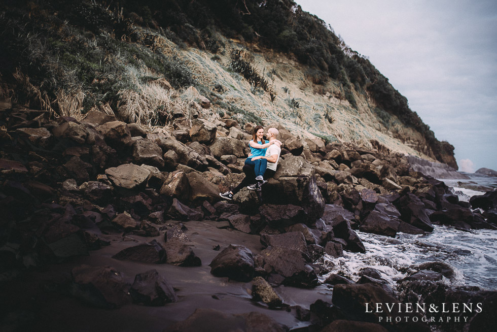 Muriwai beach couples photo shoot {Auckland wedding - engagement photographer}