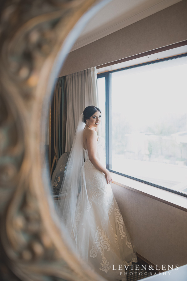 bride getting ready - Langham {Auckland wedding photographers}